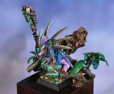 Skink Priest by Conrad Mynett · Putty&Paint Warhammer Figures, Warhammer Paint, Warhammer Models, Warhammer 40k Miniatures, Warhammer Fantasy, Lizardmen Warhammer, Warhammer 40000, Fantasy Figures, Fantasy Art