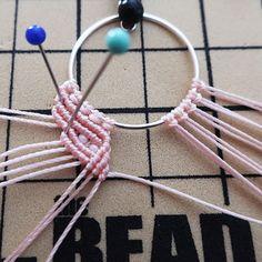 Macrame Colar, Macrame Earrings, Macrame Bracelets, Fringe Earrings, Crochet Necklace, Micro Macrame Tutorial, Macrame Bracelet Tutorial, Mosaic Vase, Diy Tutorial