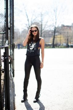 Atlanta De Cadenet Taylor in our classic leather leggings.