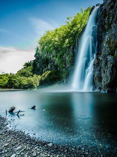 Beautiful Niagara Falls- Vibrant Colors drive home the beauty of nature. #Motel6UBL