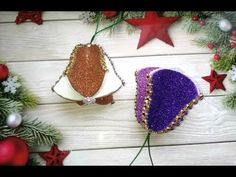 Christmas Ornament Crafts, Christmas Baubles, Felt Ornaments, Felt Christmas, Holiday Ornaments, New Year's Crafts, Dyi Crafts, Crafts For Kids, Foam Board Crafts