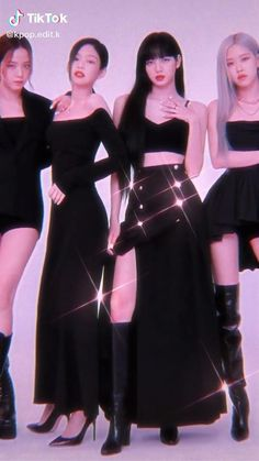 Black Pink Songs, Black Pink Kpop, Blackpink Fashion, Muslim Fashion, Blackpink Jisoo, Foto Rose, Pink Movies, J Hope Dance, Rose Video