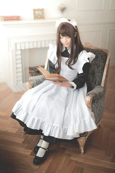 Maid Outfit, Maid Dress, Maid Cosplay, Cosplay Girls, Maid Uniform, Asian Street Style, Gothic Lolita Fashion, School Girl Outfit, Beautiful Costumes