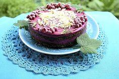 Mustaherukka-suklaakakku - Ruokalan reseptit - Ilta-Sanomat