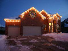 http://www.vissbiz.com/wp-content/uploads/2013/10/Unique-Christmas-Lights-for-Cool-House-Decor.jpg