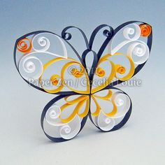 Quilling papillon – tutoriel PDF de motifs Learn to feather butterflies as exquisitely as the original. Ideal for decorating greeting … Quilling Butterfly, Arte Quilling, Quilling Letters, Paper Quilling Designs, Quilling Paper Craft, Butterfly Crafts, Paper Crafting, Quilled Roses, Quilling Jewelry