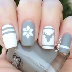 Loving this grey and white combo #simplynails