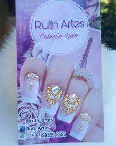 A imagem pode conter: texto Caviar Nails, Pretty Nails, Nail Art Designs, Beauty, Instagram, Jewel Nails, Art Nails, Gold Nail, Long Nails