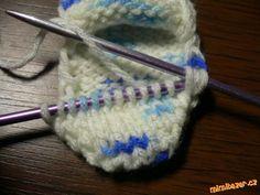Ponožky pro Zrnka na dvou jehlicích bez sešívání | Mimibazar.cz Friendship Bracelets, Accessories, Long Scarf, Friend Bracelets, Jewelry Accessories