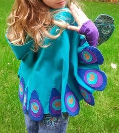 Stitch-It-Up: Sew and Tell with the Maise Cape (Peacock Version) Sewing Projects For Kids, Crafts For Kids To Make, Sewing For Kids, Baby Sewing, Sewing Hacks, Sewing Tutorials, Sewing Crafts, Frocks For Girls, Little Girl Dresses