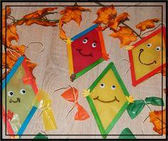 Familie und mehr : Bastelzeit: Herbstliche Drachen aus Eisstielen und noch mehr..... Kinder basteln im Herbst Papier Kind, Popsicles, Drake, Crafts For Kids, Triangle, Deco, Ash, Happy, Craft Kids