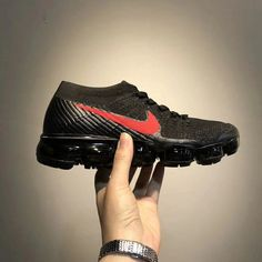 NIKE AIR VAPOR MAX FLYKNIT ATMOS PAD BLAK RED SWOOSH 849558 006  #motivation #active #trend #crossfitlife #crossfitcali #crossfitcolombia #forsale #run #strongwomen #socks #nikevapormax #live #strong #inspire #clothes #sportwear #tshirt #ropadeportiva #outfit Air Max Sneakers, All Black Sneakers, Sneakers Nike, Nike Air Vapormax, Sport Wear, Strong Women, Socks, Inspire, Running