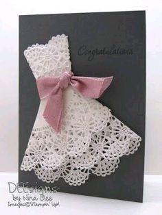 Toma nota de estas bellas invitaciones para xv años con forma de vestidos, tan sencillas que tu puedes hacerlas fácilmente. El secreto est...