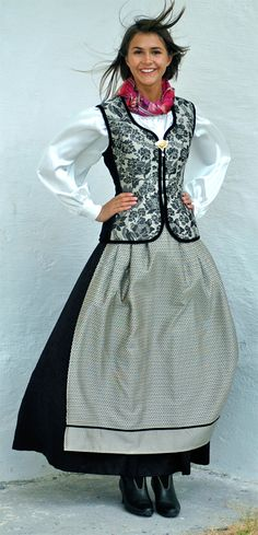 Norwegian traditional costumes - Page 3 Traditional Fashion, Traditional Dresses, Folk Costume, Costumes, Norwegian Clothing, Norwegian Wedding, Yes To The Dress, Playing Dress Up, Boho Fashion