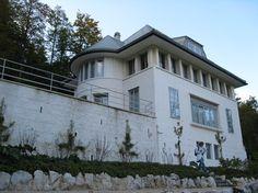 eclectic exterior Le Corbusier