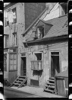 House in Sous-Le-Cap (Slum Alley), Québec, Canada Quebec Montreal, Old Quebec, Old Montreal, Montreal Ville, Quebec City, Chute Montmorency, Chateau Frontenac, Le Petit Champlain, Toronto Ontario Canada