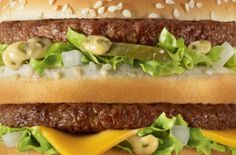 The Print Ad titled Big Mac was done by TBWA Paris, Wanda Productions advertising agencies for product: Mcdonald's Fast Food Restaurant (brand: McDonald's) in France. Big Mac, Mcdonalds Coupons, Mcdonalds Fast Food, Mc Do, Recipe Icon, Food Advertising, Creative Advertising, Fast Food Chains, Fast Food Restaurant
