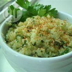 Faux riz de chou-fleur à la lime et à la coriandre