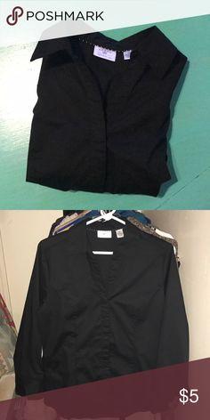Lee black button up LS shirt Lee black button up LS shirt, Ask $5 Lee Tops Button Down Shirts