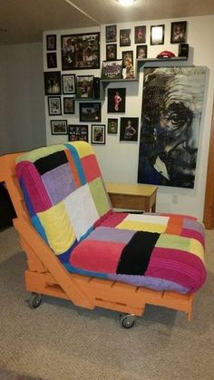 pallet lounge chair, diy, painted furniture, pallet, repurposing upcycling, woodworking projects, DIY Pallet Lounge Chair