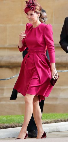 $99.99 FREE INTERNATIONAL SHIPPING Princess Kate Middleton Vintage Rose Red Pleated Midi Dress Modest Online Quality One Stop Hijab, Beauty, Cosmetics, Plus Size Wear for Hijabi Hijabista Kate Middleton Outfits, Vestidos Kate Middleton, Moda Kate Middleton, Looks Kate Middleton, Kate Middleton Fashion, Kate Middleton Wedding Dress, Alexander Mcqueen Kleider, Princesa Kate Middleton, Duchess Kate