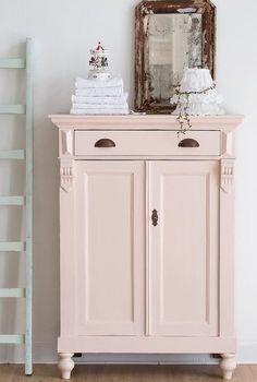 de/ vertiko in rosa Farbe Farrow&Ball Pink Ground - Best Interior Design Ideas Furniture Projects, Furniture Makeover, Home Furniture, Furniture Design, Furniture Plans, Coaster Furniture, Repurposed Furniture, Shabby Chic Furniture, Painted Furniture