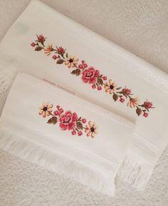 Cross Designs, Bargello, Cross Stitch, Knitting, Artwork, How To Make, Instagram, Bath Towels & Washcloths, Cross Stitch Rose
