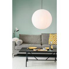 Rund papperslampa tillverkad av rispapper med täta linjer. Lampan är en del av våran Premium Collection som är handtillverkade lampor av hög kvalitet. Det betyder att lampan har ett helt speciellt Skandinavisk design som är tight och stiligt. Lights, Honeycombs, Table, Furniture, Home Decor, Self, Homemade Home Decor, Lighting, Tables