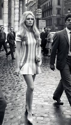 || Desert Lily Vintage || Brigitte Bardot: she makes me want to live in the 60s. I love her hair, I love her makeup