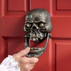 ld knock-jaw loudly heralds your guests' arrivals in a manner worthy of a medieval Castle! The perfect gift idea for halloween!/knock-jaw-skull-cast-iron-halloween-door-knocker-spooky-haloween-decor-gift-idea-for-halloween Door Knockers Unique, Door Knobs And Knockers, Cool Doors, Unique Doors, Granate Tattoo, Cast Iron, It Cast, Skull Decor, Door Accessories