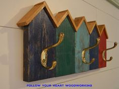 Coat Racks Inspired by Fishing Huts Scrap Wood Crafts, Scrap Wood Projects, Diy Pallet Projects, Wooden Crafts, Woodworking Projects, Woodworking Machinery, Woodworking Classes, Woodworking Bench, Woodworking Shop