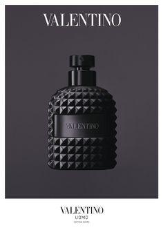 「ヴァレンティノ」メンズフレグランスから、限定の漆黒プリズムカットボトル登場 | NEW ITEM | BEAUTY | WWD JAPAN.COM