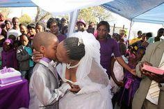 Fim dos tempos ! Menino de 9 anos se casa com mulher de 62 pela segunda vez.