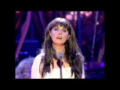 This lights my heart on fire - Don't Cry for Me Argentina (Sarah Brightman)