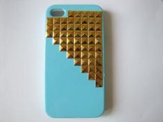 iPhoen4 case Golden pyramid studded iphone 4 case by sevenvsxiao