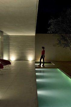 C16H14O3 House São Paulo Design: Marcio Kogan