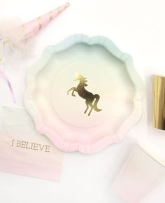 How cute are these unicorn plates from our range of We Heart Unicorn party supplies? Just what you need for a unicorn birthday party! Visit our blog for even more unicorn party ideas.