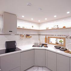 Diy Interior, Interior Design Kitchen, Cozy Place, First Home, Future House, Kitchen Cabinets, House Design, Room, Home Decor