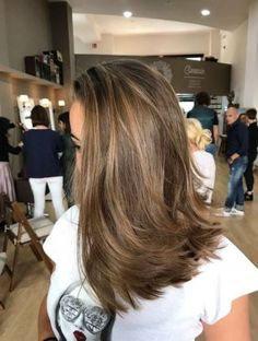 Side Swept Waves for Ash Blonde Hair - 50 Light Brown Hair Color Ideas with Highlights and Lowlights - The Trending Hairstyle Brown Hair With Highlights, Brown Hair Colors, Locks, Red Balayage Hair, Low Lights Hair, Honey Blonde Hair, Beach Wave Hair, Light Brown Hair, Pink Hair