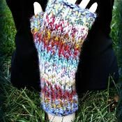 Mitts for Juliet - via @Craftsy