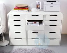 IKEA Fan favorite: ALEX narrow drawer units to make a printer table. IKEA Fan favorite: ALEX narrow drawer units to make a printer table. This little drawer unit is great for organizing any room of your home! Ikea Design, Ikea Fans, Ikea Alex Drawers, Ikea Inspiration, Craft Room Storage, Craft Desk, Storage Ideas, Art Supplies Storage, Sewing Room Storage