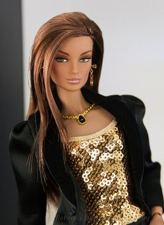 FBF Imogen takes on Barbie Basics 2 by think_pink1265, via Flickr