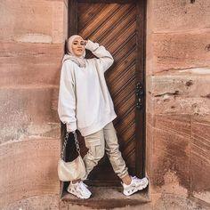 Modest Fashion Hijab, Modern Hijab Fashion, Street Hijab Fashion, Casual Hijab Outfit, Muslim Fashion, Cute Casual Outfits, Ootd Hijab, Hijab Fashionista, Outfit Look