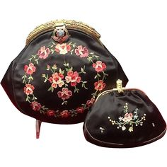 Vintage  Point de Beauvais Embroidery Silk Purse with Beading and Enameling and Matching Coin Purse ***MINT***