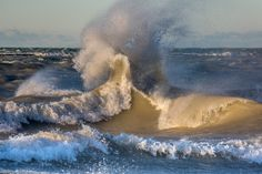 If you think the Great Lakes are calm and vacation-like all year round, think again. These photographs show a different side to these fresh-water worlds. Huron County, Long Gone, Lake Huron, Great Lakes, Fresh Water, Ontario, Michigan, Waves, Vacation