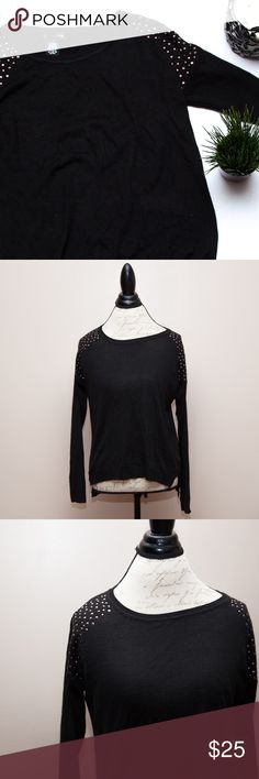 """89th & Madison Black Gold Studded Shoulder Sweater Adorable sweater that's perfect for the transition from winter into spring! Super soft material. Measures approx. 19"""" armpit to armpit, approx. 22"""" L in the front and approx. 25"""" L in the back. Loose fit. This is linty/has some dog hairs and very light pilling, but otherwise in great pre-loved condition with tons of life left!  🚫no trades 🚫no modeling ✅dog friendly/🚭smoke free home ✅reasonable offers ✅bundle & save! 89th & Madison…"""
