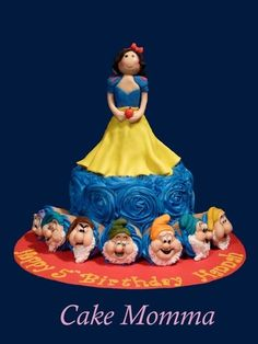 Snow White and her Seven Dwarfs Cake