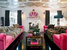 I want a ceiling like this. #Pink #Decor #Room