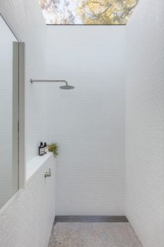 Gallery Of Bolt Hole By Panovscott Local Residential Architecture And Interior Design Sydney, Nsw Image 9 Bathroom Design Inspiration, Bathroom Interior Design, Residential Architecture, Interior Architecture, Outdoor Bathrooms, Bright Bathrooms, Outdoor Showers, Black And White Tiles Bathroom, Wet Rooms