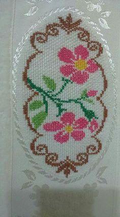 Cross Stitch Art, Cross Stitch Designs, Cross Stitch Embroidery, Hand Embroidery, Cross Stitch Patterns, Bargello, Diy And Crafts, Pikachu, Knitting